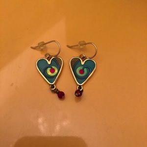 3/$10 Dangling Heart Earrings 💙💚